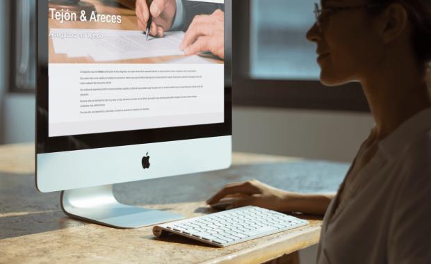 página web de abogados bien posicionada